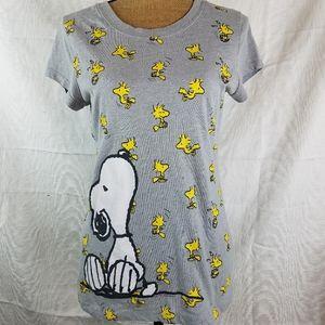 Peanuts graphic tshirt XL juniors